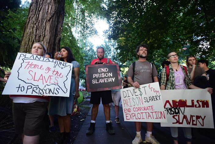 Protesters marched in Portland, Ore., on Sept. 9, the 45th anniversary of the Attica Uprising, which resulted in 43 deaths as inmates rioted for better conditions. (Photo: Alex Milan Tracy)