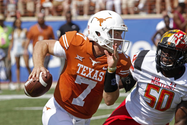 Will Texas turn away from Shane Buechele (7) and use the more mobile Sam Ehlinger? (AP)