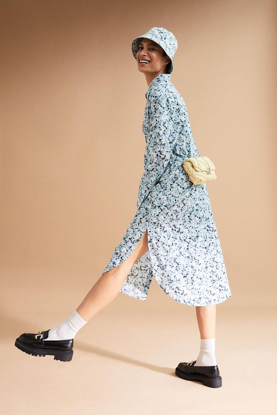 <p>The long and flowy shape of this <span>H&amp;M Shirt Dress</span> ($20) is always a good idea. You can rock it with loafers or sneakers for a relaxed look.</p>