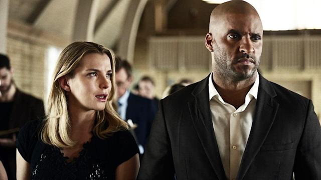 <p>Betty Gilpin as Audrey and Ricky Whittle as Shadow Moon in Starz' <i>American Gods</i>.<br><br>(Photo: Starz) </p>