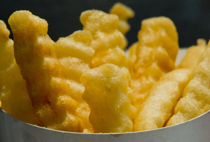 Burgers, fries, tacos and pastries come wrapped in grease-proof paper and boxes that often contain non-stick chemicals that may be able to leach into food, US researchers said