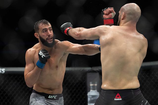 Dominick Reyes (L) beat Volkan Oezdemir by decision during UFC Fight Night 147 at the London O2 Arena, Greenwich on March 16, 2019. (Getty Images)