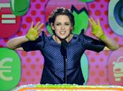 <p>Okay, how did Kristen's PR team make sure only her <em>hands</em> got slimed while everyone else on this show looks like they murdered that green monster from <em>Ghostbusters</em>?</p>