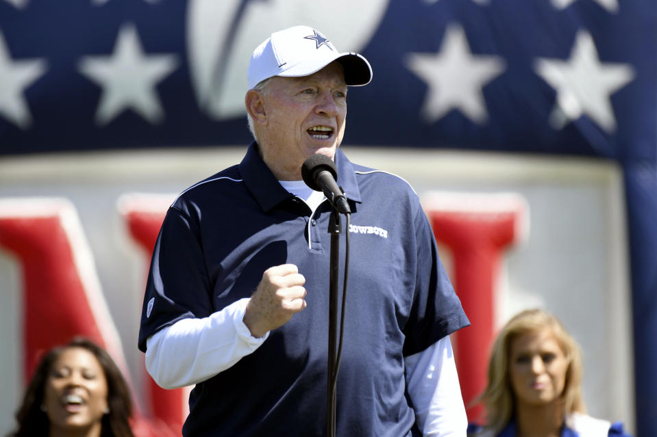 Dallas Cowboys owner/GM Jerry Jones made a joke his star running back didn't find funny. (AP)