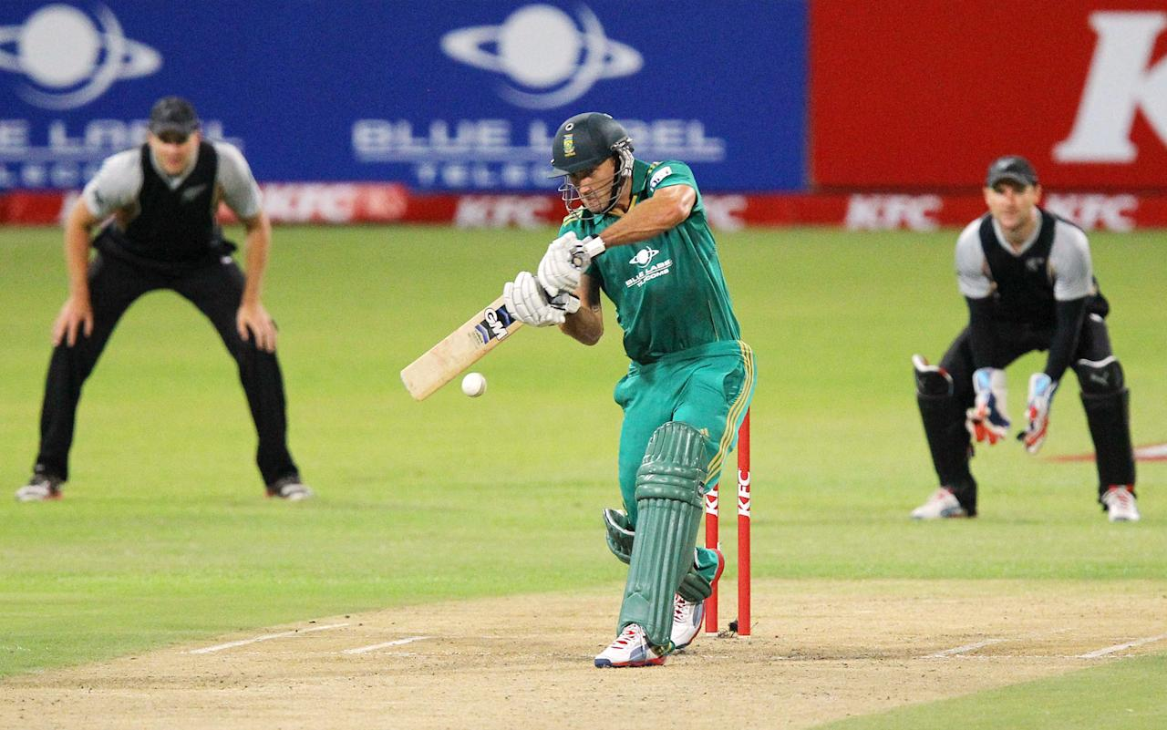 DURBAN, SOUTH AFRICA - DECEMBER 21:   Faf du Plessis of Sout Africa bats during the 1st T20 match between South Africa and New Zealand at Sahara Park Kingsmead on December 21, 2012 in Durban, South Africa.  (Photo by Anesh Debiky/Gallo Images/Getty Images)