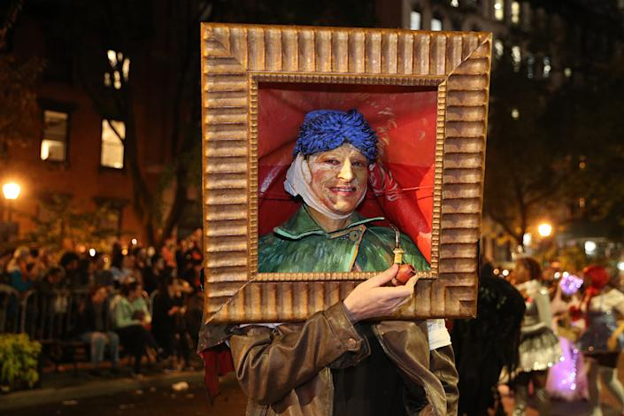 A man dressed as a Vincent Van Gogh painting marches in the during Halloween Parade New York City. (Photo: Gordon Donovan/Yahoo News)