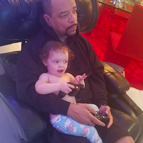 "<p>""Playing xbox with daddy. Bedtime routine,"" this photo of Ice-T and his baby girl, who will be 2 in November, was captioned. ""Don't worry daddy, I got your back!"" (Photo: <a href=""https://www.instagram.com/p/BZSRJouD8sA/?taken-by=babychanelnicole"" rel=""nofollow noopener"" target=""_blank"" data-ylk=""slk:Chanel Nicole via Instagram"" class=""link rapid-noclick-resp"">Chanel Nicole via Instagram</a>) </p>"