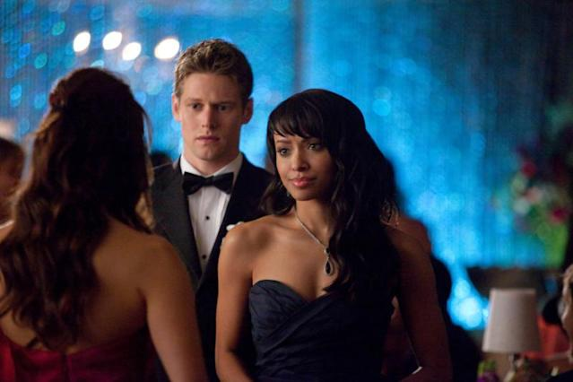 """Pictures of You"" -- Nina Dobrev as Elena (back to camera), Zach Roerig as Matt, and Kat Graham as Bonnie"