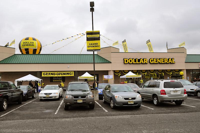 Dollar General launched a bidding war for Family Dollar Stores, trumping a $9.2 billion Dollar Tree merger deal agreed just weeks ago