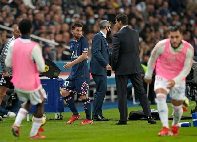 Lionel Messi home debut for Paris St Germain ended in a 2-1 win over Lyon but the former Barcelona star was taken off after 76 minutes and failed to score