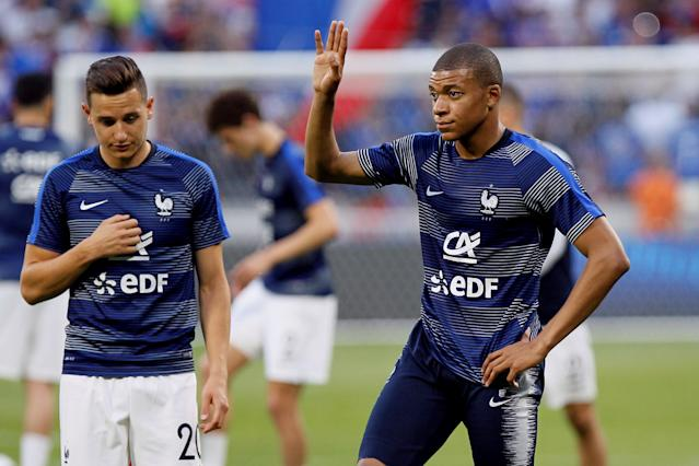 Soccer Football - International Friendly - France vs USA - Groupama Stadium, Lyon, France - June 9, 2018 France's Kylian Mbappe and Florian Thauvin during the warm up before the match REUTERS/Emmanuel Foudrot