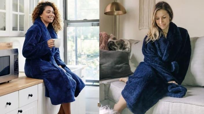 You'll never want to take off this comforting robe that keeps you warm and stress-free.
