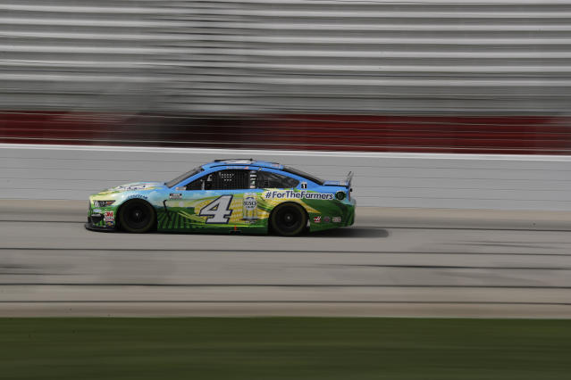 Kevin Harvick (4) drives during a NASCAR Cup Series auto race at Atlanta Motor Speedway, Sunday, June 7, 2020, in Hampton, Ga. (AP Photo/Brynn Anderson)