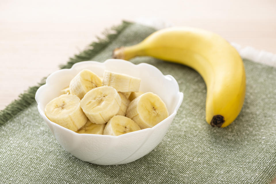 Cut bananas in the plate