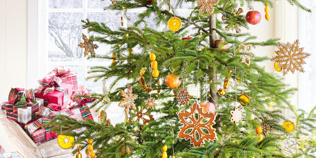 """<p>Give your <a rel=""""nofollow"""" href=""""http://www.countryliving.com/home-design/decorating-ideas/tips/g1251/trim-christmas-trees-1208/"""">Christmas tree</a> a heartfelt touch of homemade with these fun ornament craft ideas. Plus, make our <a rel=""""nofollow"""" href=""""http://www.countryliving.com/diy-crafts/tips/g907/craft-ideas-for-christmas-decorations-1209/"""">favorite DIY Christmas decorations</a>, <a rel=""""nofollow"""" href=""""http://www.countryliving.com/diy-crafts/g4965/salt-dough-ornament-ideas/"""">salt dough ornaments</a>, and <a rel=""""nofollow"""" href=""""http://www.countryliving.com/diy-crafts/how-to/g903/holiday-craft-projects-1209/"""">more creative holiday crafts</a>!</p>"""