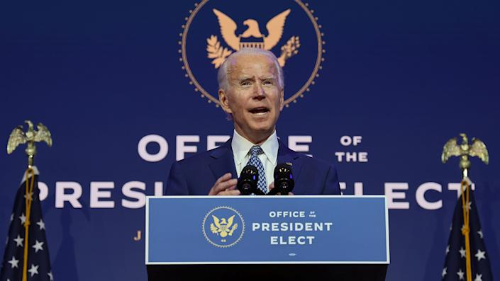 President-elect Joe Biden speaks to reporters about efforts to confront the coronavirus disease (COVID-19) pandemic after meeting with members of his Transition COVID-19 Advisory Board in Wilmington, Delaware, U.S., November 9, 2020. (Jonathan Ernst/Reuters)