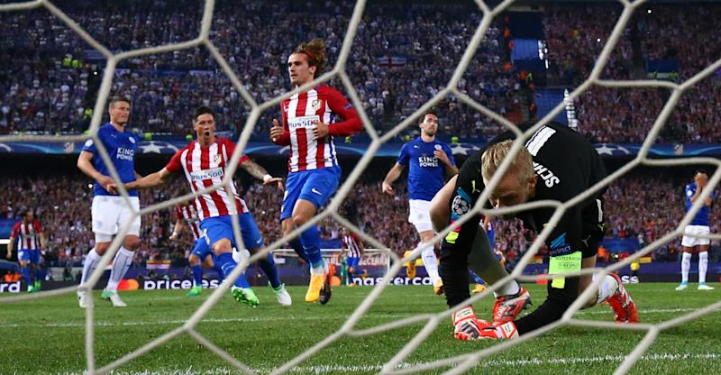 Antoine Griezmann scores from the spot