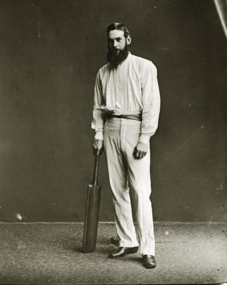 English cricketer W G Grace (William Gilbert Grace, 1848 - 1915) with a cricket bat.    (Photo by Hulton Archive/Getty Images)