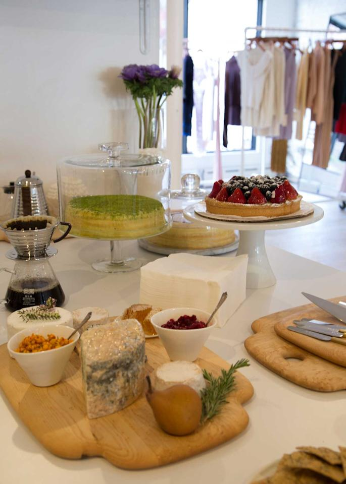 <p>While shopping, you will be able to enjoy freshly baked goods by Meyers Bageri, bread, homemade butter, jam, honey, and a drink menu crafted by Selma Slabiak, who previously worked at Michelin star restaurant Aska. (Photo: courtesy of Hesperios) </p>