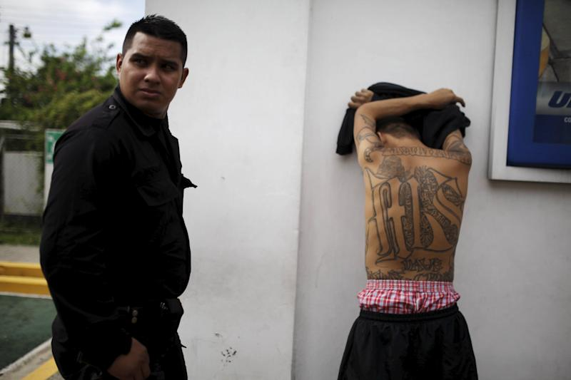 MS-13 Salvador gang member tattoos