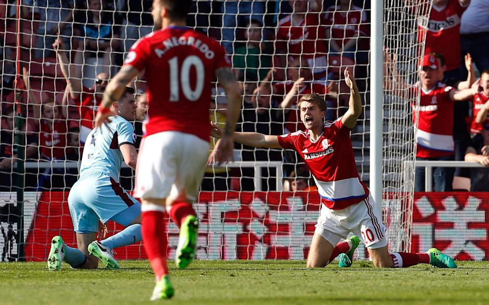 Patrick Bamford appeals to the referee after being fouled by Michael Keane - Credit: REUTERS