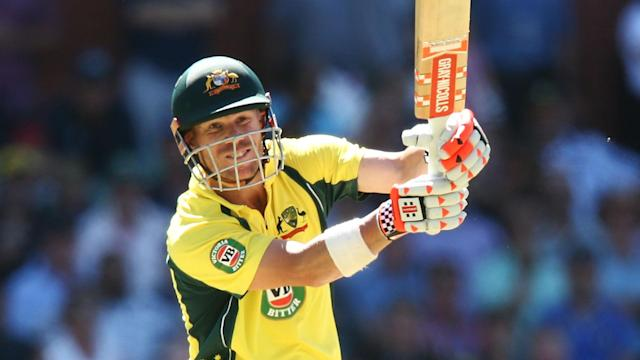 Australia vice-captain David Warner has criticised the country's cricket board as a pay dispute continues to drag on.