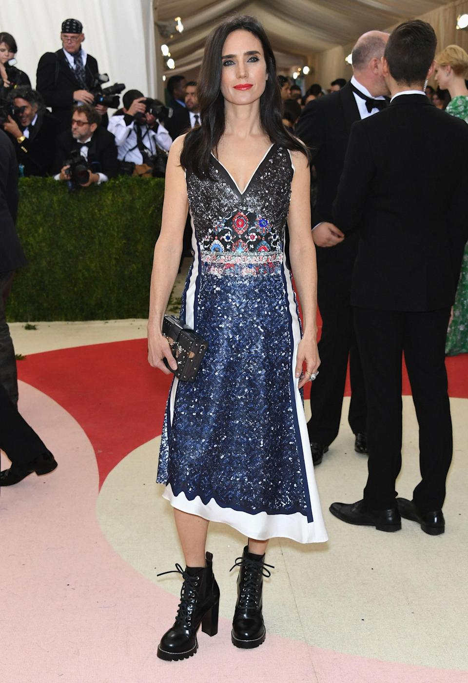 """<h1 class=""""title"""">Jennifer Connelly in Louis Vuitton</h1> <cite class=""""credit"""">Photo: Getty Images</cite>"""