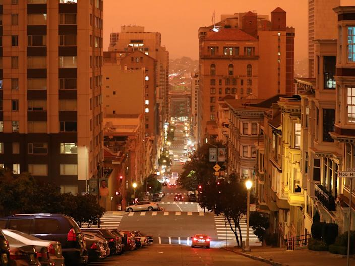 """A thick layer of wildfire smoke tints the skies orange in San Francisco, California, on September 9, 2020. <p class=""""copyright"""">Katie Canales/Business Insider</p>"""