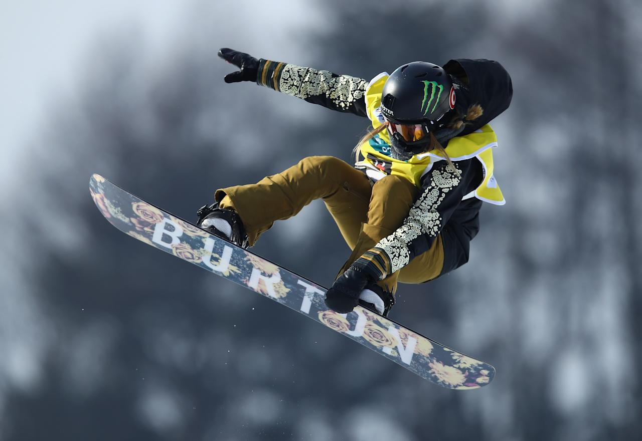 <p></p><p>PYEONGCHANG-GUN, SOUTH KOREA – FEBRUARY 17: Chloe Kim of USA competes in the FIS Freestyle World Cup Snowboard Halfpipe Qualification at Bokwang Snow Park. (Getty Images </p><p></p>