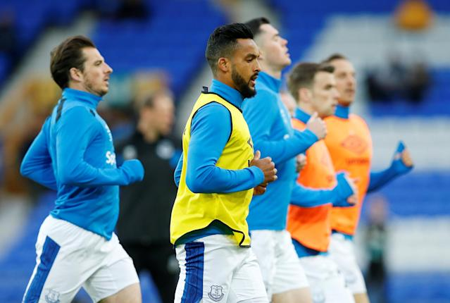 "Soccer Football - Premier League - Everton v Newcastle United - Goodison Park, Liverpool, Britain - April 23, 2018 Everton's Theo Walcott during the warm up before the match REUTERS/Andrew Yates EDITORIAL USE ONLY. No use with unauthorized audio, video, data, fixture lists, club/league logos or ""live"" services. Online in-match use limited to 75 images, no video emulation. No use in betting, games or single club/league/player publications. Please contact your account representative for further details."