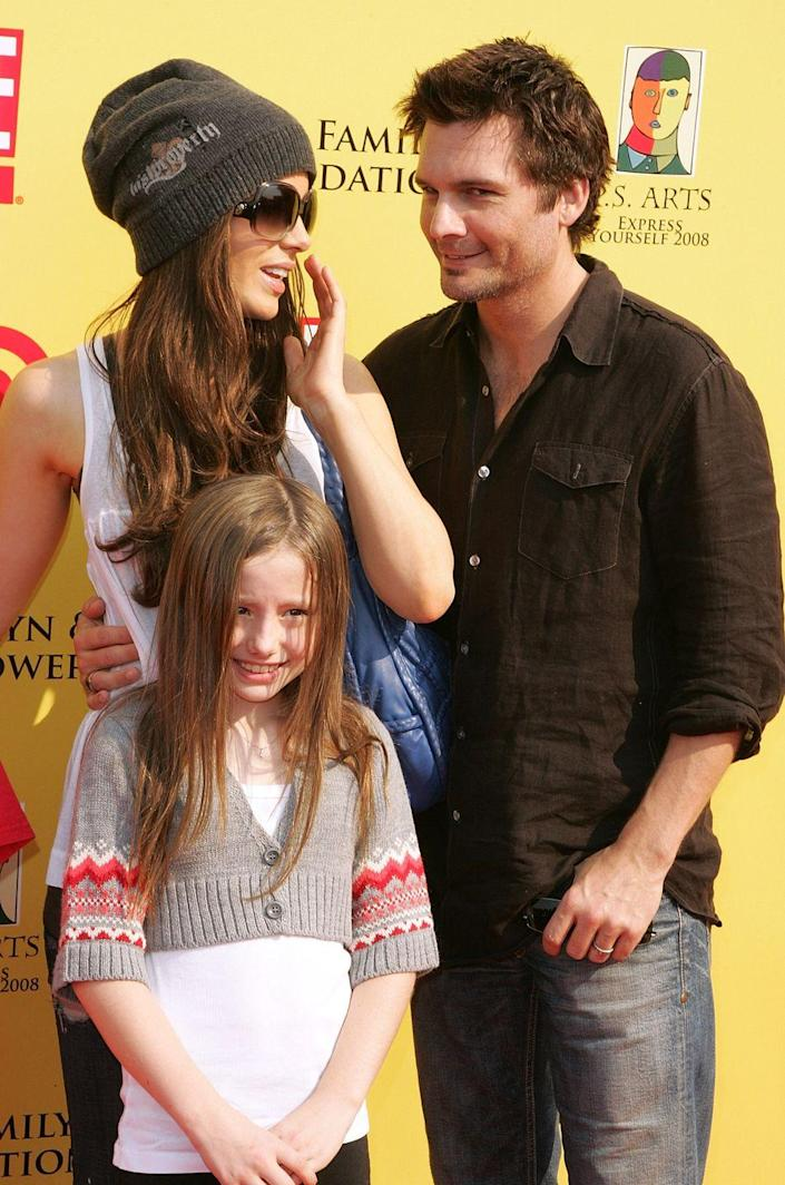<p>The only child of actors Kate Beckinsale and Michael Sheen, Lily Mo was born on January 31, 1999.</p>