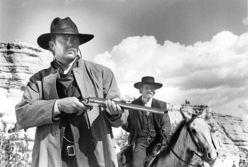 1994:  Actor Kevin Costner stars in the film 'Wyatt Earp'.  (Photo by Michael Ochs Archives/Getty Images)