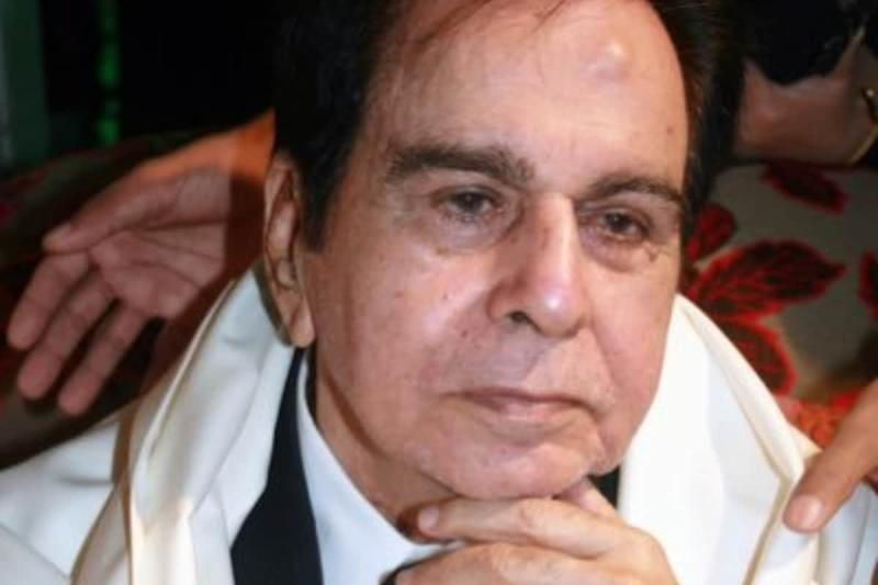 Dilip Kumar Not Informed About Demise of Brothers Ehsan and Aslam, Says Saira Banu