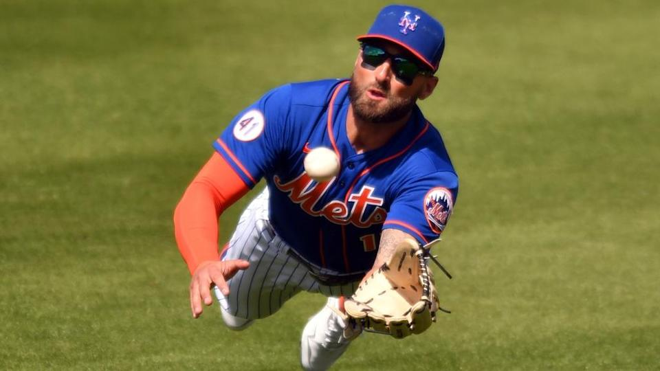 Kevin Pillar dives for ball in outfield vs. Marlins