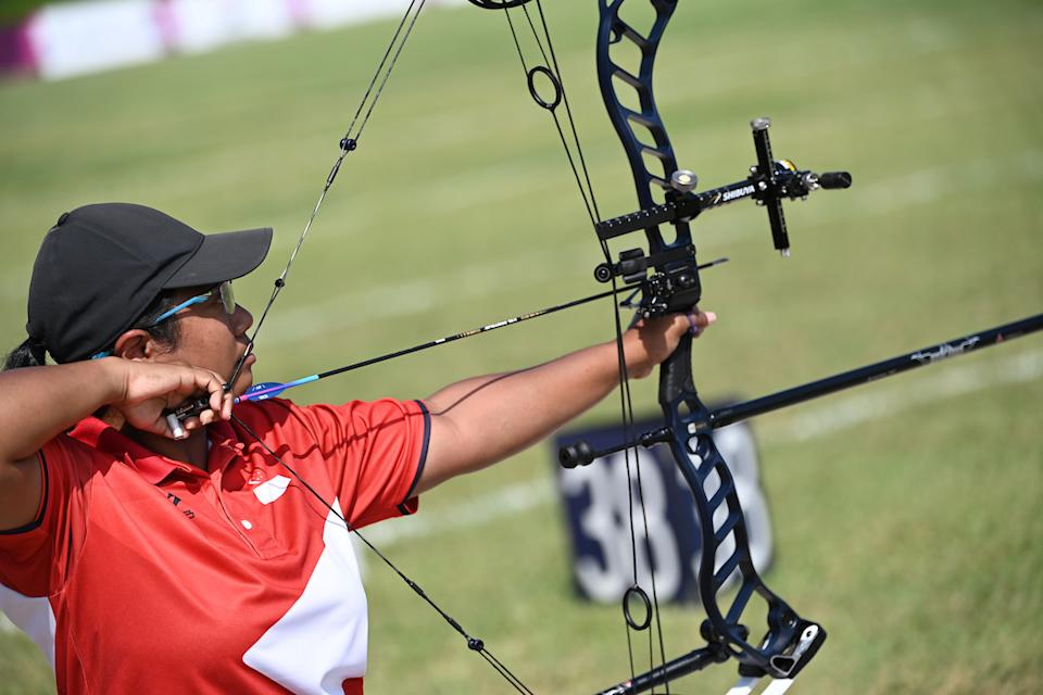 Singapore archer Syahidah Alim competing in the ranking round of the women's individual compaound open at the 2020 Tokyo Paralympics. (PHOTO: Sport Singapore)