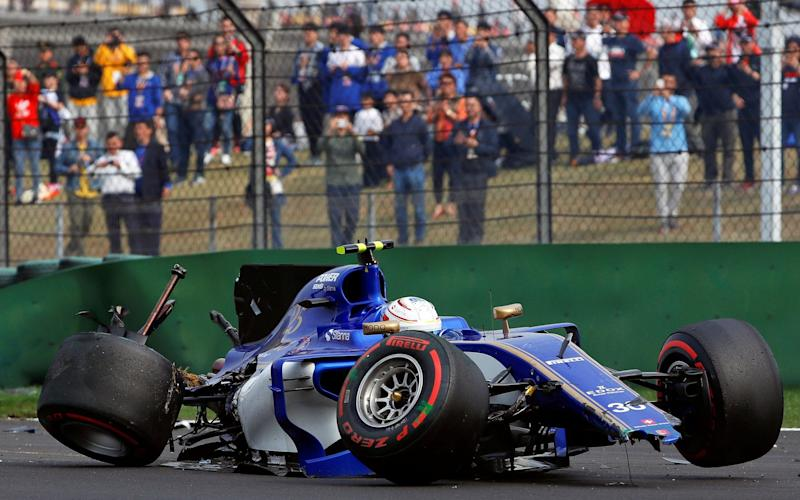 Antonio Giovinazzi crashes his Sauber - Credit: Reuters
