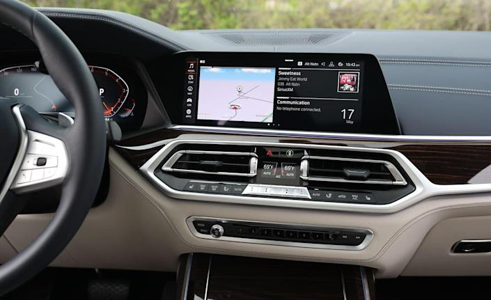<p>The digital gauge cluster, HVAC controls, and center-console switchgear looks great is lesser costing vehicles in the brands lineup. But in a BMW costing $80,000 or more, the bits don't feel sufficiently special.</p>