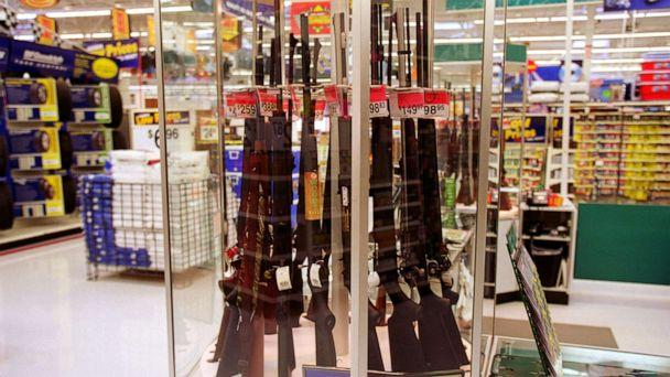 PHOTO: Guns for sale at a Wal-Mart, July 19, 2000. (Getty Images)