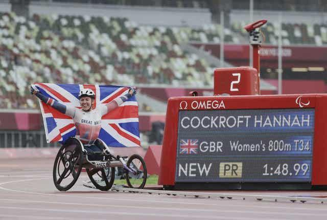 Hannah Cockroft won gold in the T34 800m