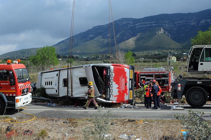 "The bus, crashed returning from ""Fallas"", a festivity in Valencia, carried university Erasmus students from 19 countries. 13 young women dead in te accident and several people are injured, in Freginals, Catalonia, 20th of March 2016. (Photo by Joan Cros/NurPhoto) (Photo by Joan Cros/NurPhoto/NurPhoto via Getty Images)"
