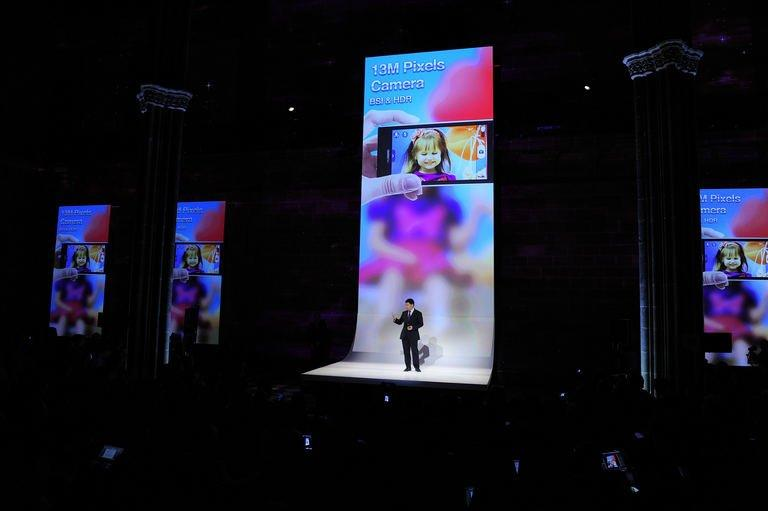 Huawei's Consumer Business Group CEO Richard Yu presents the Ascend P2 in Barcelona on February 24, 2013