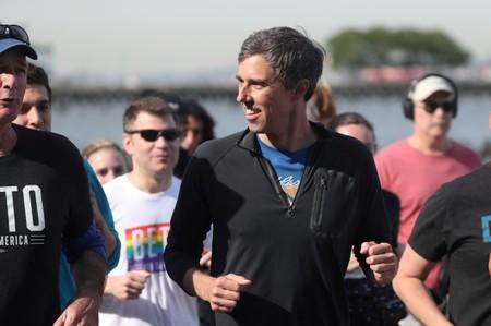 FILE PHOTO: Democratic 2020 U.S. presidential candidate Beto O'Rourke jogs a 2 mile run with members of the LGBTQ community along the Hudson River Greenway in New York City