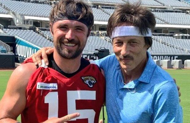 'Napoleon Dynamite' Legend Uncle Rico and NFL QB Gardner Minshew Bond While Tossing a Pigskin (Video)