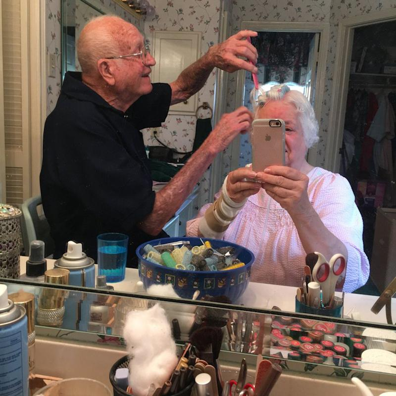With 1 Sweet Gesture, This Grandpa Won Over His Wife and the Internet