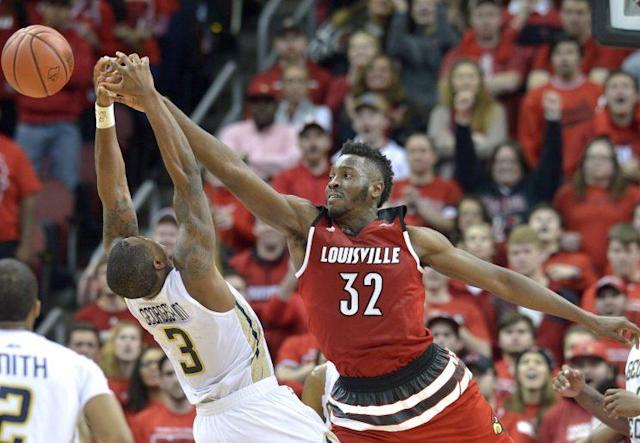 "<a class=""link rapid-noclick-resp"" href=""/ncaab/players/126407/"" data-ylk=""slk:Chinanu Onuaku"">Chinanu Onuaku</a> is just looking for results. (AP)"