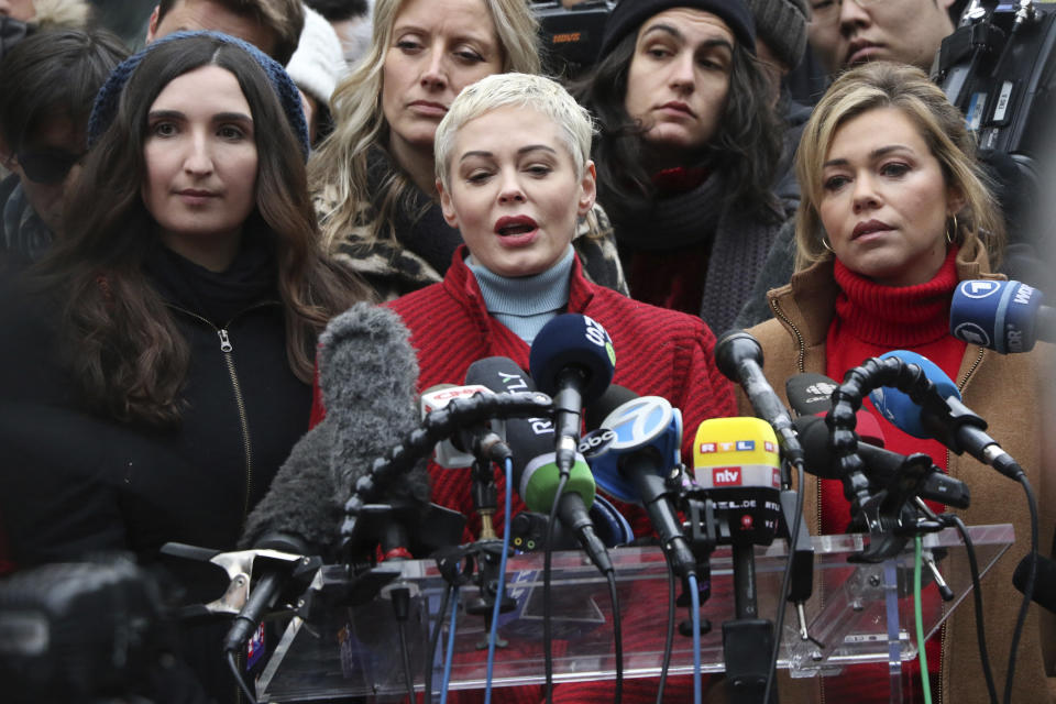 NEW YORK, NY- JANUARY 6: Rose McGowan speaks at a news conference outside a Manhattan courthouse after the arrival of Harvey Weinstein at day 1 of the Harvey Weinstein criminal trial in New York City court on January 6, 2020. Credit: RW/MediaPunch /IPX