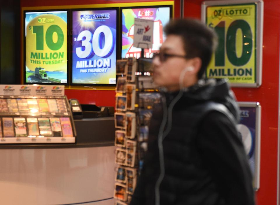 One person in Queensland won a prize of $260,000. Source: AAP/file
