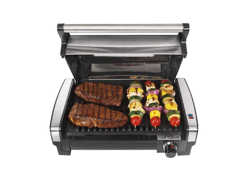 Hamilton Beach Electric Indoor Searing Grill. (Photo: Amazon)