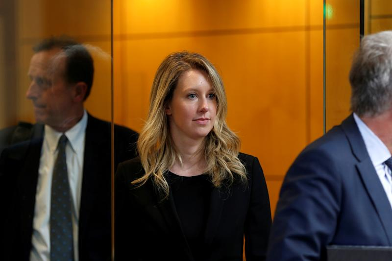 REFILE - ADDING COUNTRY Former Theranos CEO Elizabeth Holmes leaves after a hearing at a federal court in San Jose, California, July 17, U.S., 2019. REUTERS/Stephen Lam