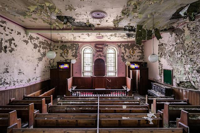 <p>Chapel in Wales. (Photo: James Kerwin/Caters News) </p>